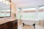 Main Bathroom at 13152 20a Avenue, Elgin Chantrell, South Surrey White Rock