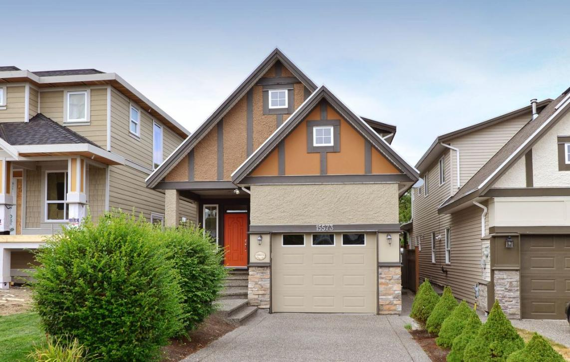 15573 Goggs Avenue, White Rock, South Surrey White Rock