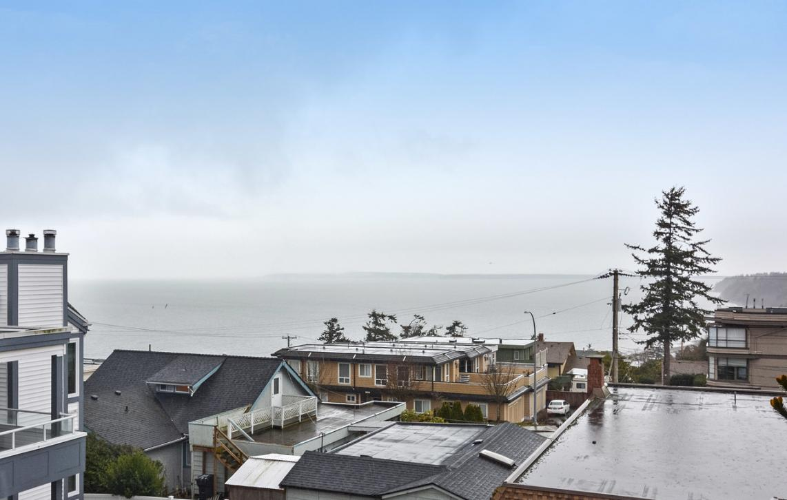 302 - 15130 Prospect Avenue, White Rock, South Surrey White Rock