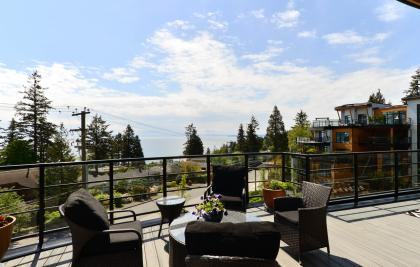 418 - 14855 Thrift Avenue, White Rock, South Surrey White Rock